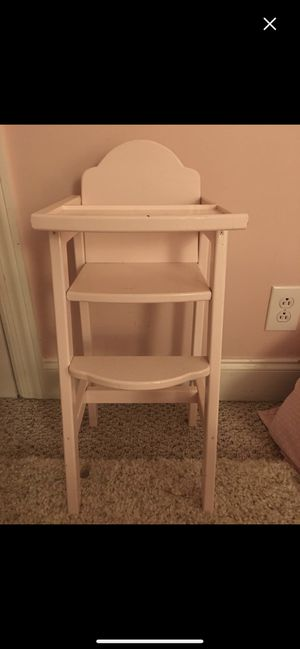 Boutique Wooden Doll High Chair painted Pale Pink for Sale in Rockvale, TN