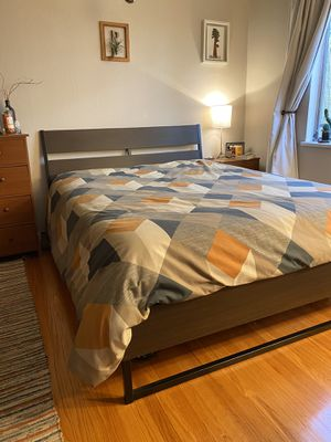 Queen Size Bed Frame for Sale in Oakland, CA