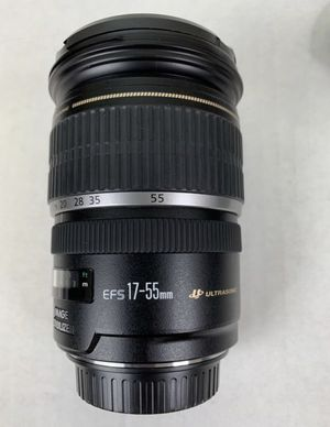 Canon EF-S 17-55mm f/2.8 IS USM Lens for Canon DSLR Cameras for Sale in Milpitas, CA