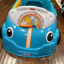 Fisher Price Laugh And Learn Crawl Around Car for Sale in Montclair,  CA
