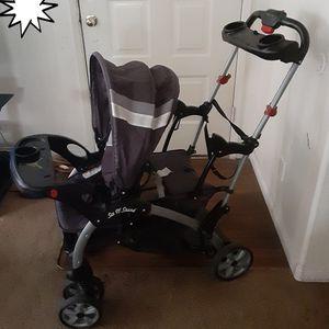 Carriola/ Stroller for Sale in Las Vegas, NV