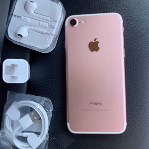 IPhone 7 Just Like NEW for Sale in Springfield, VA