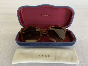 Authentic Gucci women's sunglasses perfect condition for Sale in Portland, OR