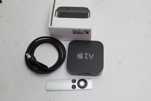 Apple TV (3rd generation) Like New. Works perfectly. Comes with original box, cables, and remote. HDMI (720p or 1080p) 10/100BASE-T Ethernet Wi-Fi for Sale in Boston, MA