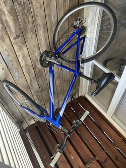 Cannondale quick Q6 medium frame for Sale in Washington,  DC
