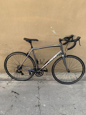 Road bike Fuji shimano oval size 54 for Sale in E RNCHO DMNGZ, CA