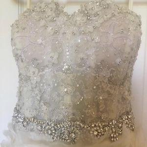 Wedding Dress for Sale in Aurora, IL