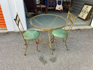 Antique Bistro Table with 2 Chairs for Sale in Georgetown, TX