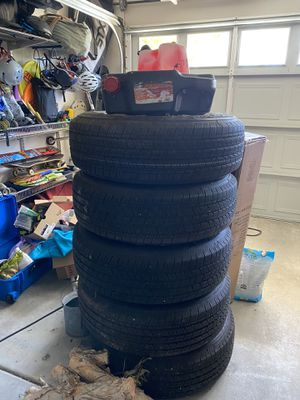 Jeep Wrangler wheels and tires with TPMS sensors for Sale in Huntington Beach, CA