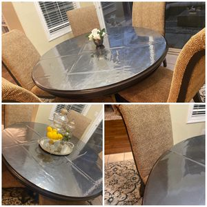 Dining table with 6 chairs for Sale in San Ramon, CA
