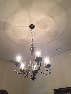 5 light chandelier for Sale in Tampa, FL