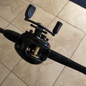 FLW Fishing Reel for Sale in Gilbert, AZ