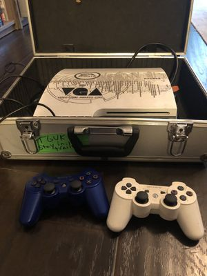 2010 Video Game Awards PS3, 2 controllers and 4 games for Sale in Kingwood, TX