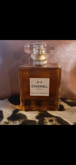 CHANEL n.5 perfume medida100ml for Sale in Ontario, CA