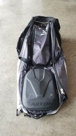 Easton Large rolling bat bag for Sale in Puyallup, WA