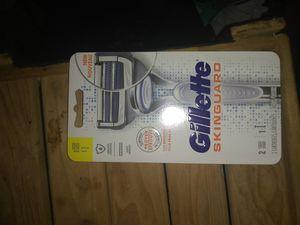 GILLETTE SHAVING GUARD RAZOR for Sale in Seattle, WA