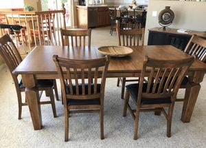 Large dining room table for Sale in Ramona, CA