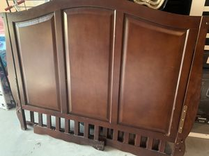 Baby crib for Sale in Buckeye, AZ