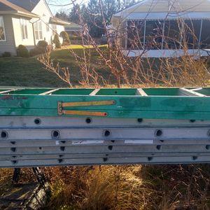 8' Fiberglass Ladder for Sale in Beachwood, NJ