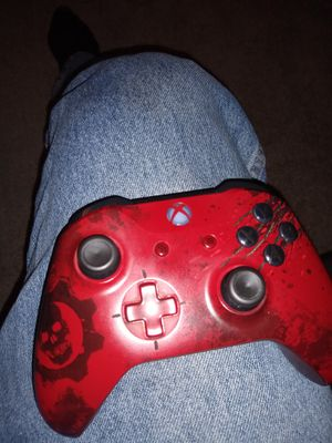 Gears of War Xbox one S 2TB plus Astro A50 wireless headset. for Sale in Danville, PA