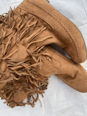 Brown Suede Fringe Boots for Sale in Woodhaven, MI