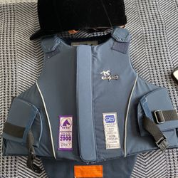 Horse Riding Vest And Hat for Sale in Bedford Hills,  NY