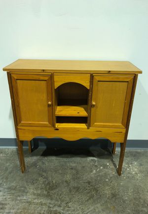 Adorable Hallway Table for Sale in Allentown, PA