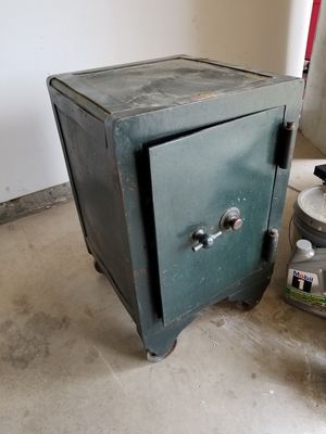 Hall Safe for Sale in Sanger, CA