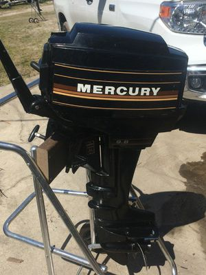 MERCURY 9.8 HP outboard Strong enginelippi ty666 for Sale in San Diego, CA