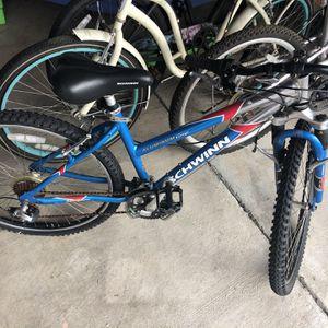 schwinn mountain bike for Sale in San Diego, CA