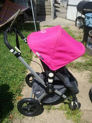 Used 2012 Bugaboo Stroller (LOCATED IN QUEENS) for Sale in The Bronx, NY