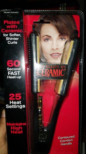 Revlon hair straightener for Sale in Hayward, CA