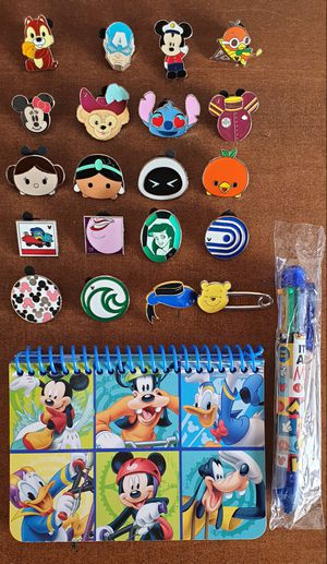 20 Disney trading pins lot set and autograph book.Tradeable at all disney parks. for Sale in Los Angeles, CA