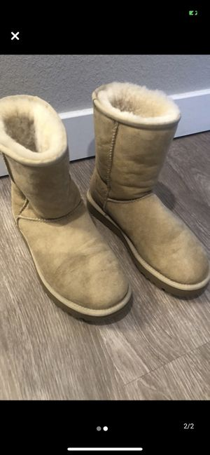 Uggs boots size 7 for Sale in Lakewood, CO