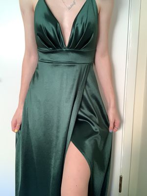 Windsor Emerald Prom Crossback Dress for Sale in San Leandro, CA