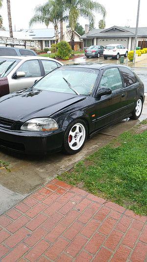 95 honda civic hatchback for Sale in Riverside, CA