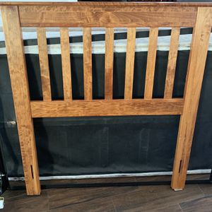 Free Single Bed for Sale in West Palm Beach, FL