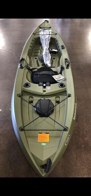 Kayak 10FT Tamarack Angler 100 with paddle (new!) for Sale in Irvine, CA
