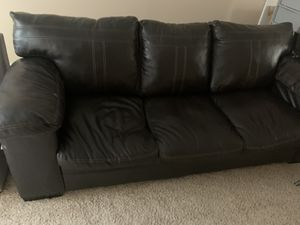 Brown leather couch for Sale in Beaverton, OR