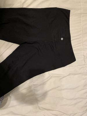 BRAND NEW lulu lemon leggings for Sale in Manteca, CA