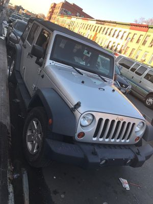 Jeep wrangler unlimited for Sale in Aspen Hill, MD