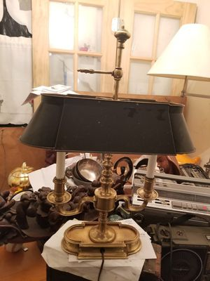 Vintage brass lamp for Sale in Fort Washington, MD