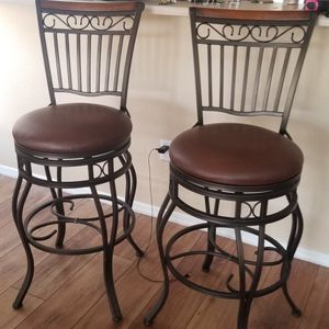 2 Brown Swivel Bar Stools 29 Inch Tall for Sale in Henderson, NV