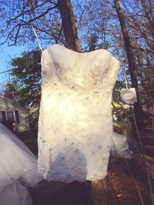 Wedding dress 2 pieces Size XL for Sale in Laurel, MD