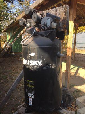 Compresora 80 galones para taller for Sale in Hyattsville, MD