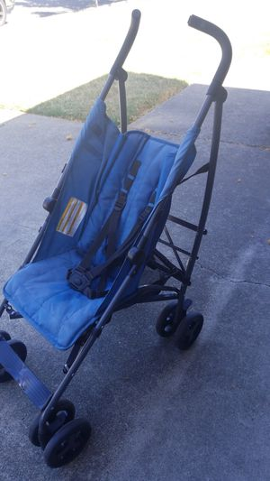 Baby stroller for Sale in Hayward, CA