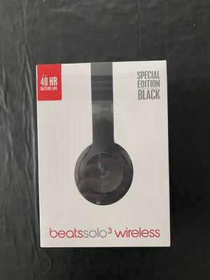 Beats Solo 3 Wireless Headphones - Black for Sale in Hemet, CA