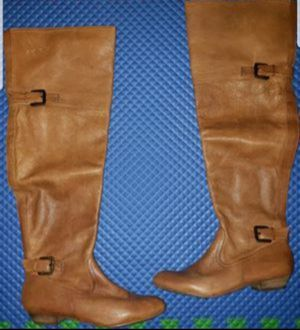 LIKE NEW ALDO WOMEN LEATHER BOOTS for Sale in Chicago, IL
