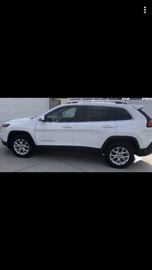 2018 Jeep Cherokee Latitude for Sale in Oswego, IL