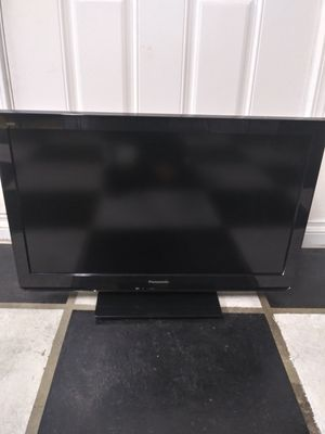 32 tv with Remote $40 FIRM for Sale in La Habra Heights, CA